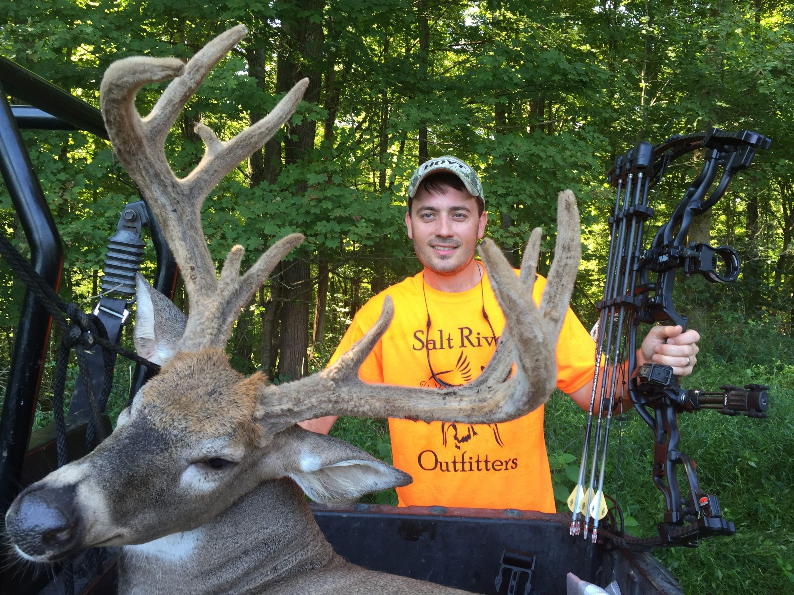 Kentucky Turkey & Deer Hunting Outfitters   Salt River Outfitters-Rut Season In Ky