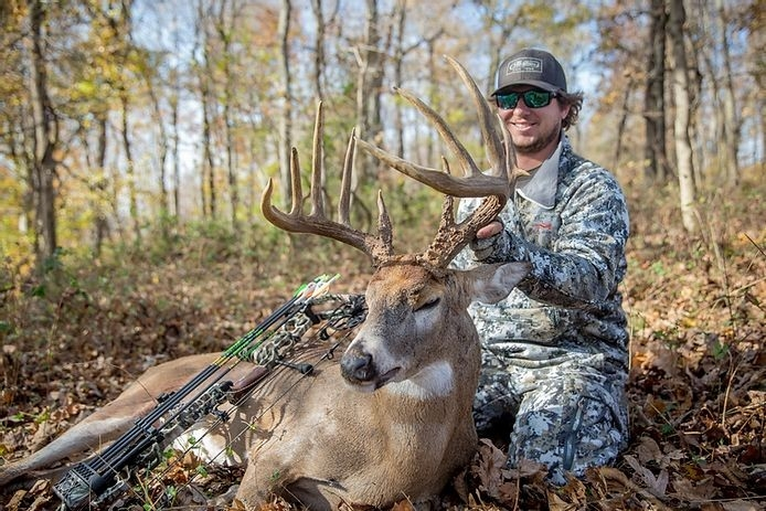 Southern Whitetail Outfitters | Western Kentucky Deer Hunting-Southern Maryland Whitetail Deer Rut