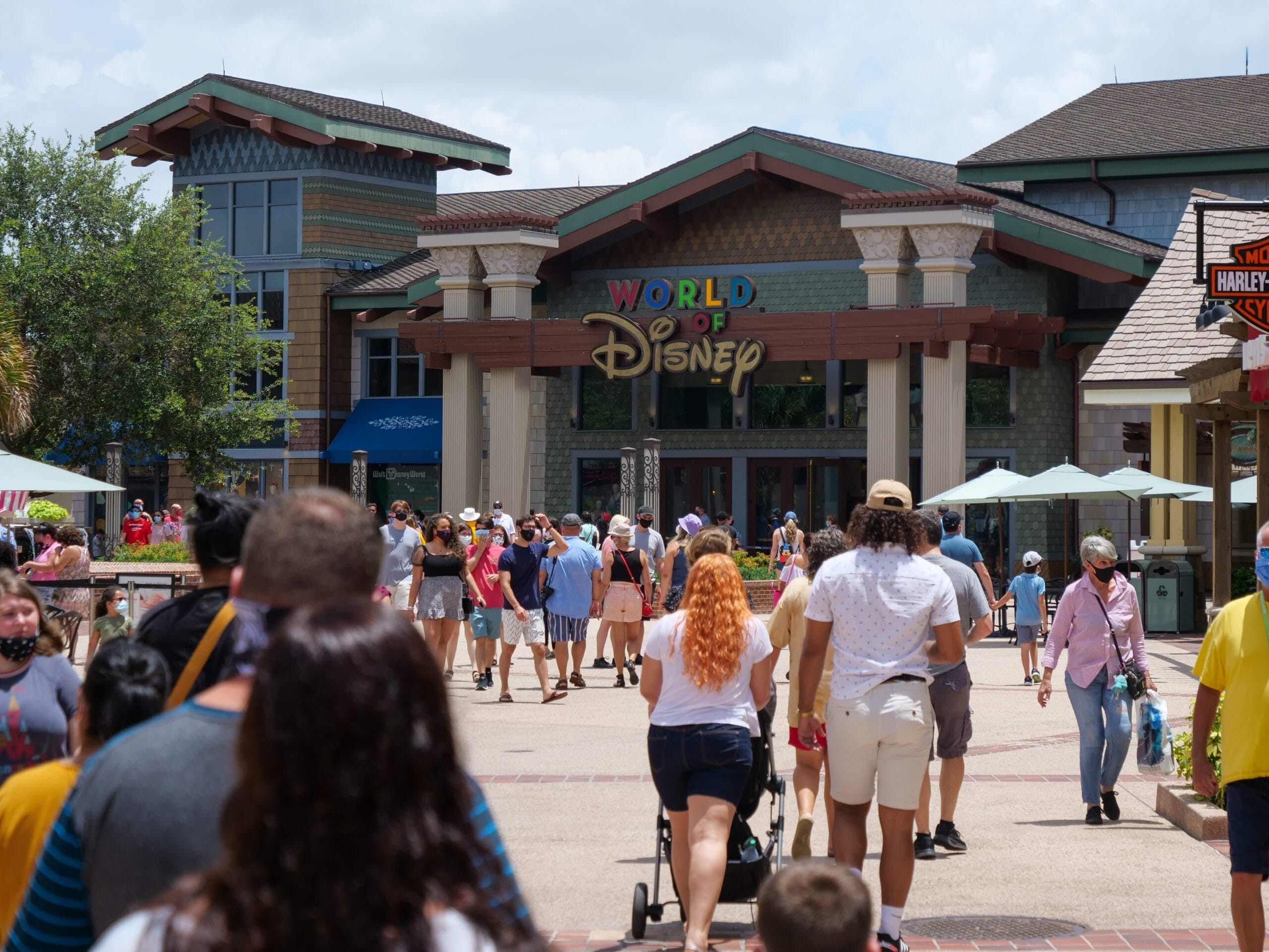 Disney Springs Currently At Capacity Due To Labor Day-Labor Day 2021 Wdw Crowds